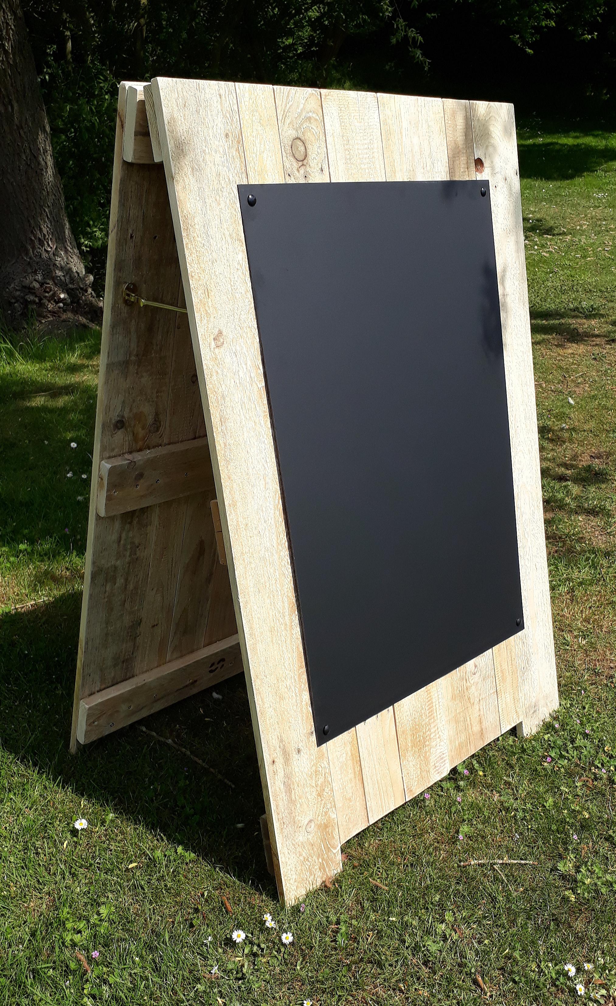 Pallet A Frame